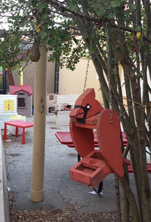 cardinal birdhouse